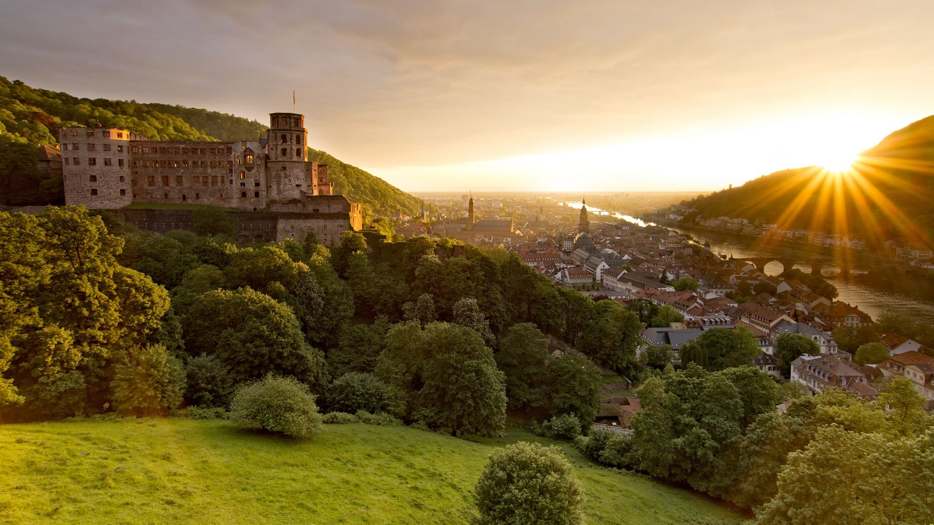 Heidelberg: The castle overlooks the city and the Neckar valley, sunset