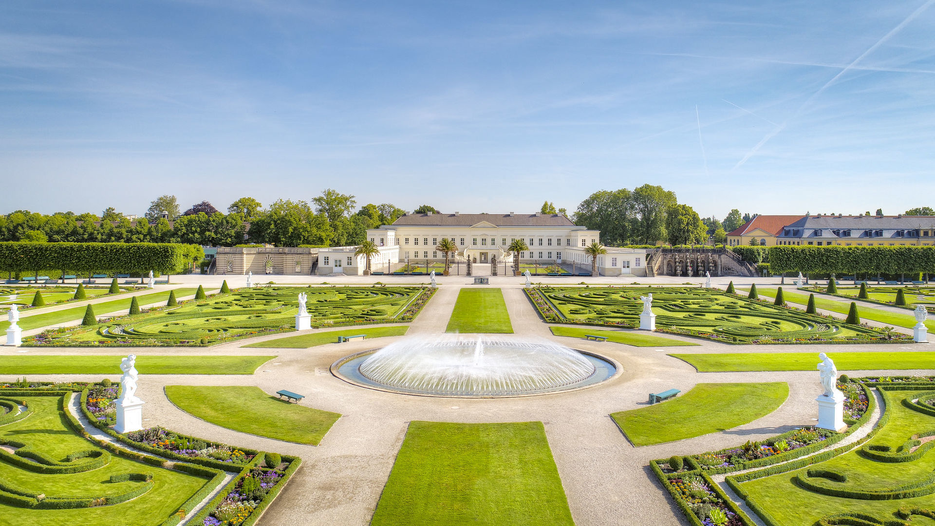 Hannover: Schloss Herrenhausen mit Herrenhäuser Gärten, Großer Garten mit Springbrunnen
